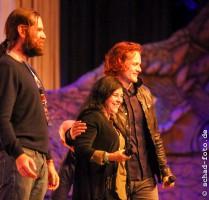Duncan Lacroix (Murtagh Fraser), Diana Gabaldon, Sam Heughan (Jamie Fraser), Foto: Tobias Schad