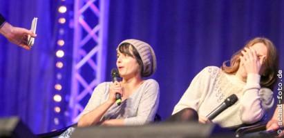 Amrita Acharia (Irri), Gemma Whelan (Yara Greyjoy), Game of Thrones Panel, Foto: Tobias Schad